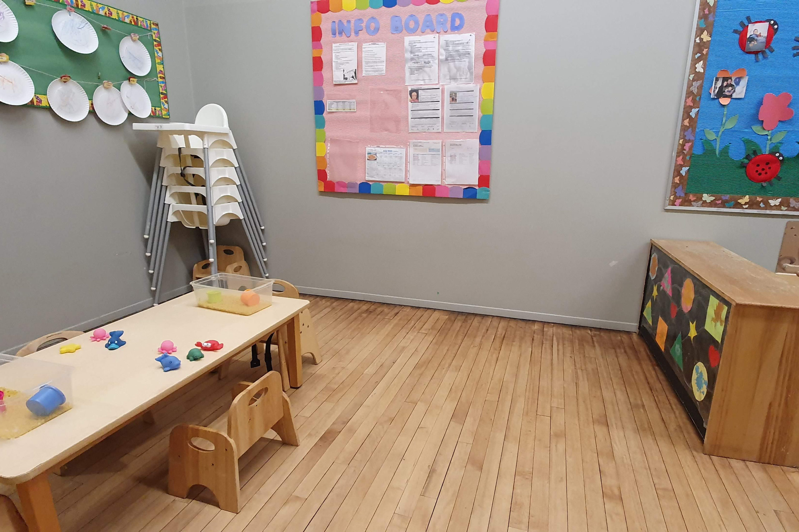 infant room with table